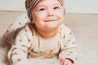 Jak wybrać najlepszy pajacyk dla niemowlaka?