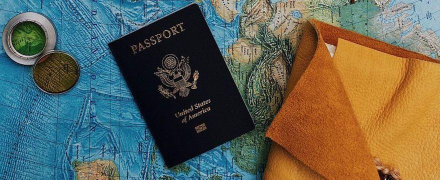 Jak pobrać paszport covidowy – krok po kroku i jakie daje prawa