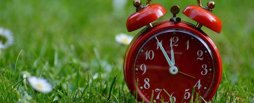 Zmiana czasu 2019 na letni – kiedy i czy to już ostatni raz?