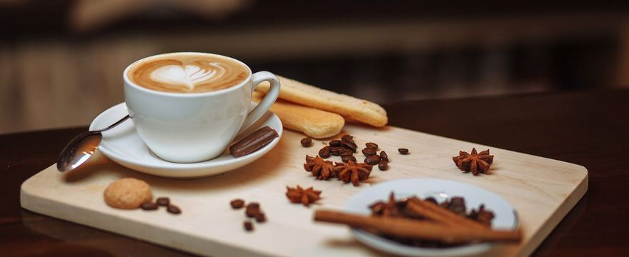 6 zdrowych i pysznych dodatków do kawy