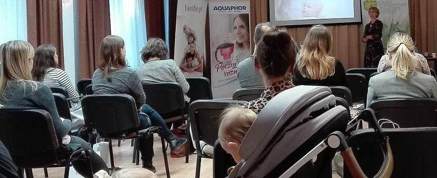 Dużo wiedzy na warsztatach dla kobiet w ciąży na warszawskiej Woli