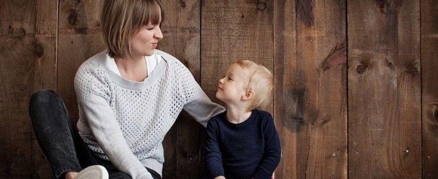 Zwolnienie na dziecko - kiedy i komu się należy?