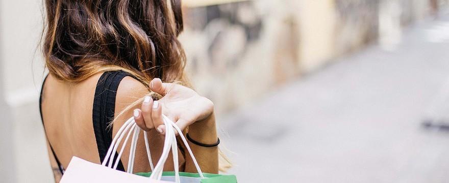 Oszczędzanie w kobiecym wydaniu – jak to robić skutecznie
