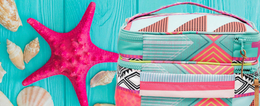 Kosmetyczka na lato – absolutne i praktyczne hity!