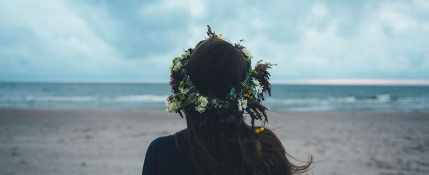 Czy fazy wzrostu włosa są zależne od gospodarki hormonalnej? Co powinno zwrócić Twoją uwagę?