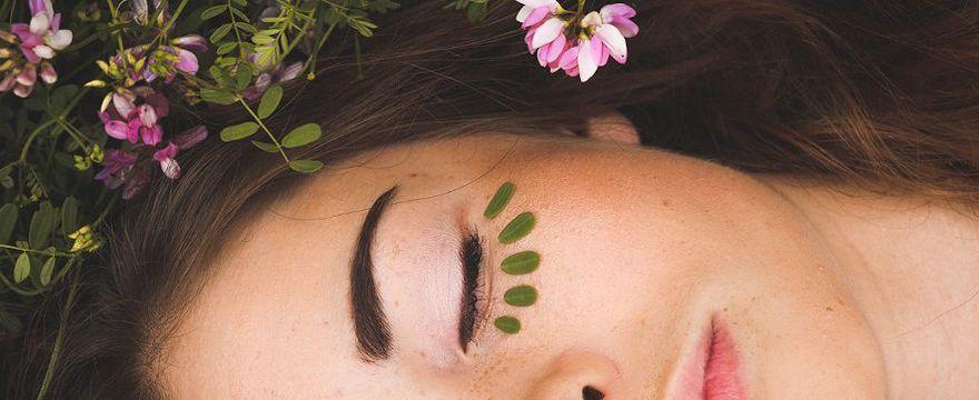 Kaktus, konopie i śluz ślimaka, czyli co nowego w kosmetykach?