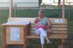 Więcej ławek dla matek karmiących!